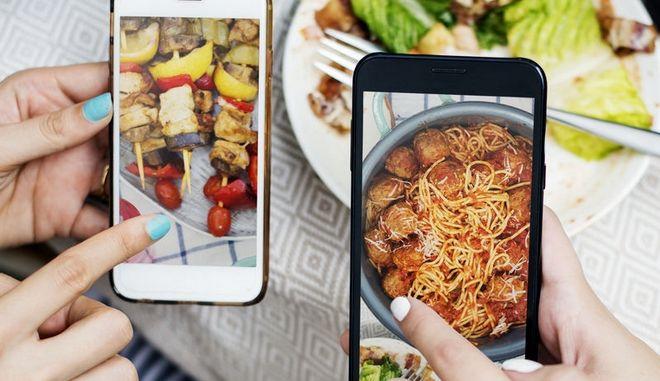 Φωτογραφίες φαγητών στα social media