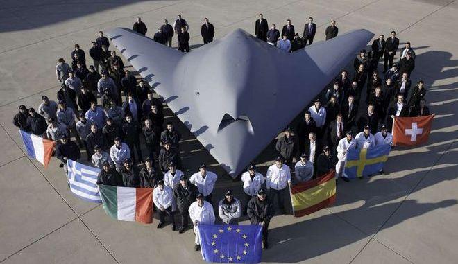 """Βίντεο: Δοκιμάστηκε το αεροσκάφος """"φάντασμα"""" που φέρει ελληνική υπογραφή"""