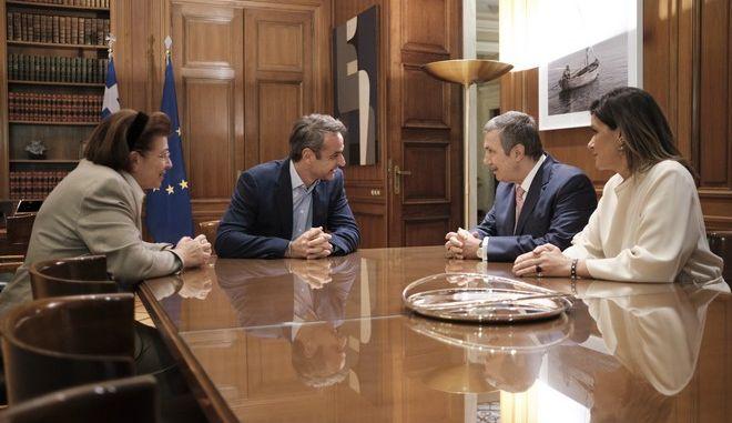 Συνάντηση Μητσοτάκη με τον Πρόεδρο του Ιδρύματος Ωνάση για την αναβάθμιση υποδομών στο λόφο της Ακρόπολης
