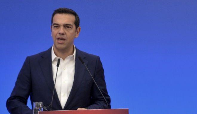 """Ομιλία του Πρωθυπουργού Αλέξη Τσίπρα στο 4ο Περιφερειακό Συνέδριο για την παραγωγική ανασυγκ΄ροτηση """"Η Θεσσαλία της επόμενης ημέρας"""" την τετάρτη 11 Οκτωβρίου 2017, στην Λάρισα. (EUROKINISSI/ΘΑΝΑΣΗΣ ΚΑΛΛΙΑΡΑΣ)"""