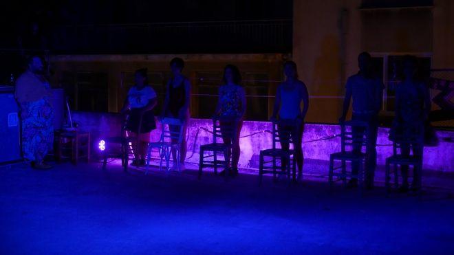Γράμματα - 1,5 μέτρο μακριά: Οι ΟΔΟΣ στην Ταράτσα του Εμπρός για τέσσερις παραστάσεις