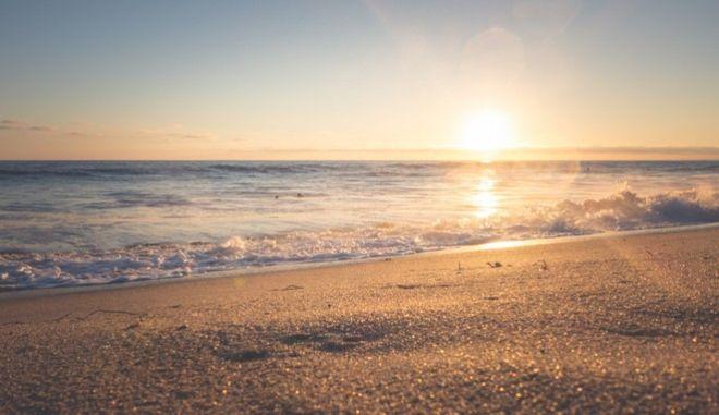 """Η Coca-Cola συνεχίζει το πρόγραμμα """"Zero Waste Future""""… και στις παραλίες!"""