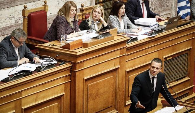 Βουλή: Ομόφωνη απόφαση για μομφή σε Μιχαλολιάκο, Κασιδιάρη, Ηλιόπουλο