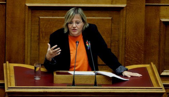 Στην ολομέλεια της βουλής εισήχθη το μεσημέρι για συζήτηση και ψήφιση το Σ/Ν του Υπουργείου δικαιοσύνης για το σύμφωνο συμβίωσης,Τρίτη 22 Δεκεμβρίου 2015 (EUROKINISSI/ΓΙΑΝΝΗΣ ΠΑΝΑΓΟΠΟΥΛΟΣ)