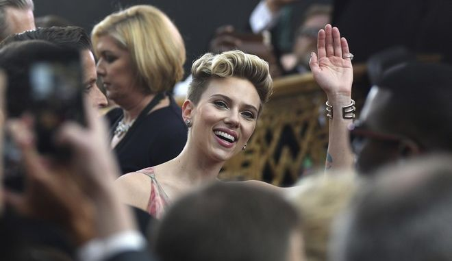 Scarlett Johansson arrives at the Oscars on Sunday, Feb. 26, 2017, at the Dolby Theatre in Los Angeles. (Photo by Al Powers/Invision/AP)