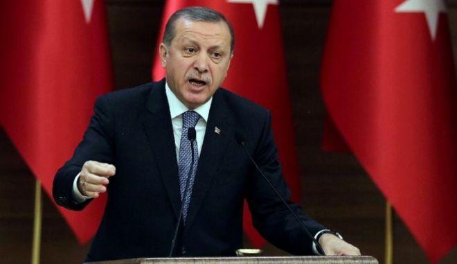 Ερντογάν: Αισθανόμαστε λύπη για τις απώλειες από τη Συνθήκη της Λωζάνης