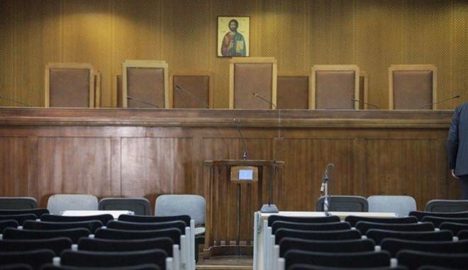 Παράταση της πανελλαδικής αποχής των δικηγόρων