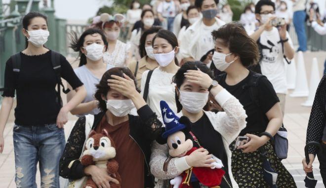 Τόκιο: Ο κορονοϊός την κράτησε κλειστή για 4 μήνες - Σήμερα η Ντίσνεϊλαντ ξανάνοιξε