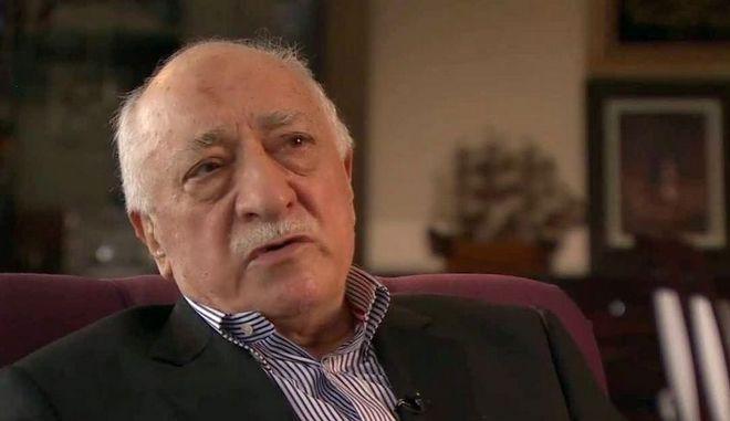 Κατάλογο με υποστηρικτές του Γκιουλέν έστειλαν οι τουρκικές υπηρεσίες κατασκοπείας στη Γερμανία