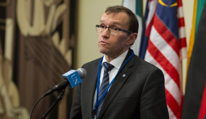 Δύο εκθέσεις ετοιμάζει ο ειδικός σύμβουλος του ΟΗΕ για το Κυπριακό