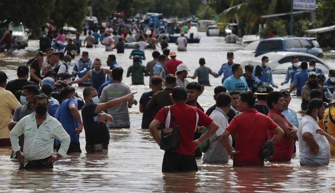 Εικόνα από την Ονδούρα μετά το πέρασμα του κυκλώνα Ήτα