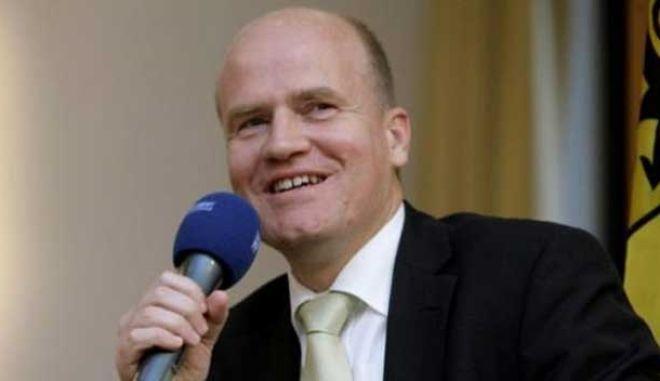 CDU: Τα μέτρα της ΕΚΤ «δεν θα λύσουν» τα οικονομικά προβλήματα της Ευρώπης