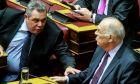 Ο Πάνος Καμμένος και ο Βασίλης Λεβέντης στα έδρανα της Βουλής