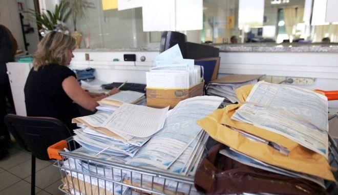 Τριπλάσιες οι επιχειρήσεις που δεν πληρώνουν φόρο