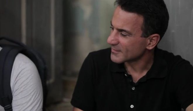Εκλογές 2015: Προεκλογικό σποτ ΛΑ.Ε. Νο2: Ο Λαπαβίτσας στους 'Πρωταγωνιστές' του Θεοδωράκη