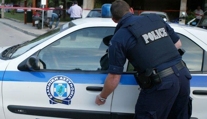 Πυρομαχικά, εκρηκτικά και όπλα στα χέρια 49χρονου - Συνελήφθη από την ΕΛ.ΑΣ