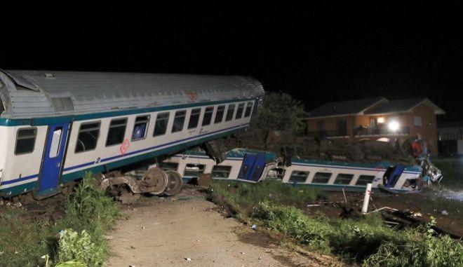 Σύγρκουση τρένου με νταλίκα στην Ιταλία