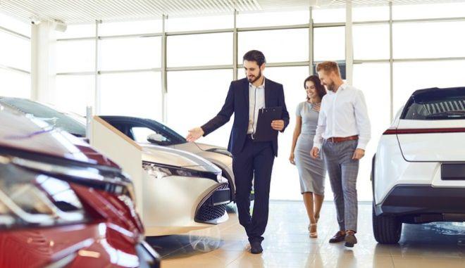 Η οδήγηση γυρίζει σελίδα: Αυτοκίνητο με συνδρομή, χωρίς δεσμεύσεις - Όσα πρέπει να ξέρετε
