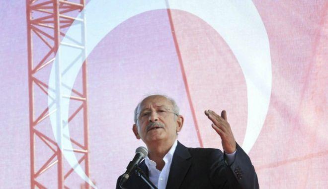 Νέες προκλήσεις Κιλιτσντάρογλου: Ο Ερντογάν δεν κάνει τίποτα για τα νησιά που μας ανήκουν