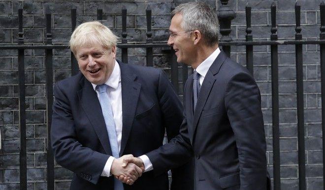 O πρωθυπουργός της Βρετανίας και ο ΓΓ του ΝΑΤΟ