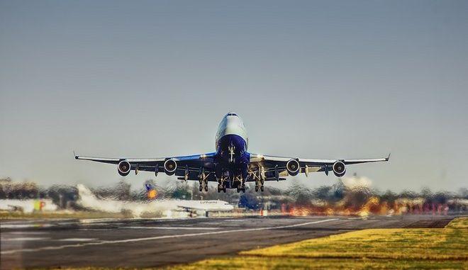 Τραγικός θάνατος από 'τεχνική αστοχία': Πιλότος σκοτώθηκε από την 'ιπτάμενη' πόρτα του αεροσκάφους του