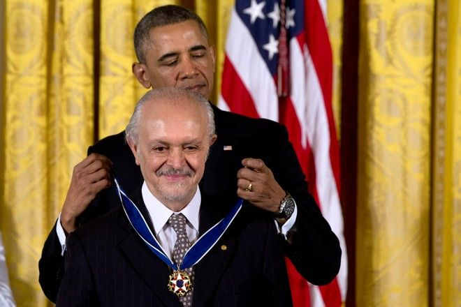 Το 2008 ο Μολίνα διορίστηκε επιστημονικός σύμβουλος του τότε προέδρου των ΗΠΑ, Μπαράκ Ομπάμα
