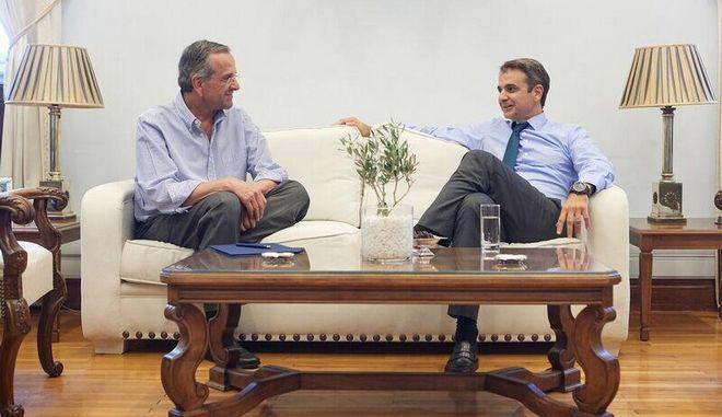 Συνάντηση Αντώνης Σαμαρά και Κυριάκου Μητσοτάκη στο γραφείο του προέδρου της ΝΔ στην Βουλή