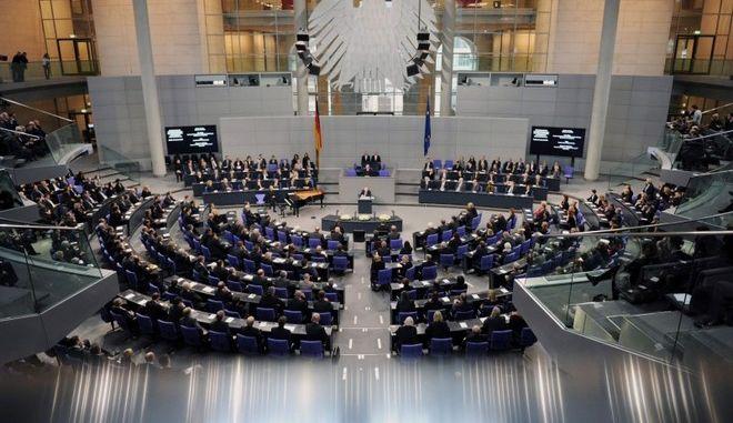 Κάουντερ: Δεν γίνεται η Ελλάδα να καθορίζει τους όρους και οι άλλοι να πρέπει να χορέψουν στον ρυθμό της