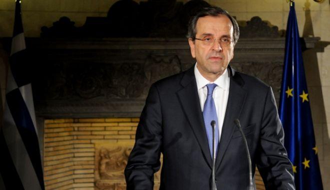 Διάγγελμα του πρωθυπουργού Αντ. Σαμαρά τις πρώτες πρωϊνές ώρες της Παρασκευής 21 Ιουνίου 2013, μετά την σύσκεψη των πολιτικών αρχηγών στο Μέγαρο Μαξίμου.  (EUROKINISSI/ΓΟΥΛΙΕΛΜΟΣ ΑΝΤΩΝΙΟΥ)
