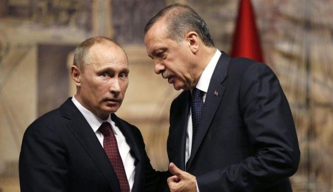 Ο Ερντογάν ζητά από τον Πούτιν S-400