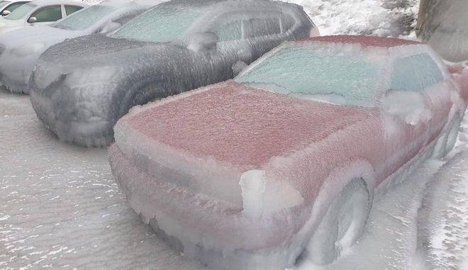 Εικόνα από το Βλαδιβοστόκ μετά την παγωμένη βροχή