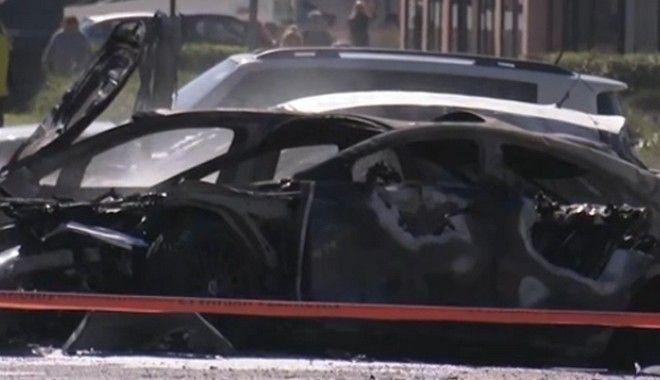 Έκρηξη σε πάρκινγκ στη Γλυφάδα