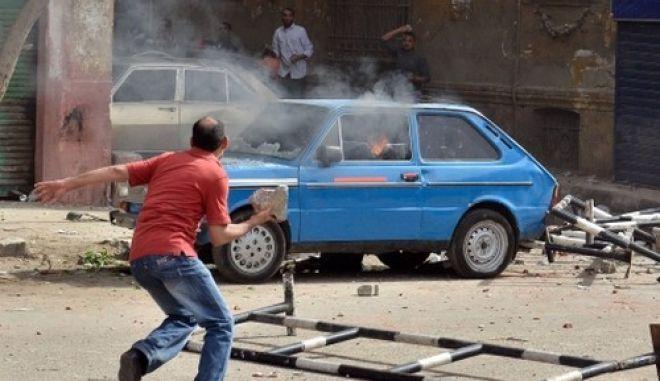 Δύο νεκροί σε σφοδρές συγκρούσεις χριστιανών και μουσουλμάνων στην Αίγυπτο