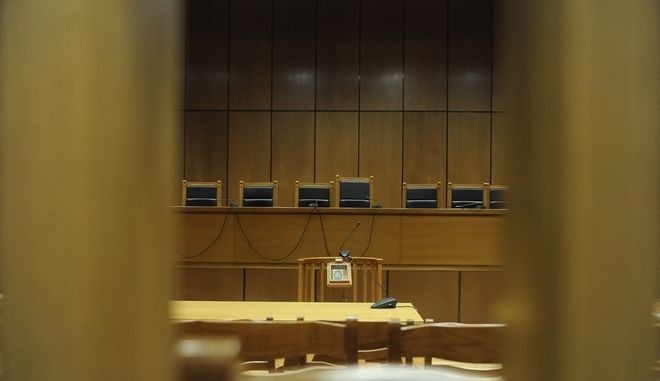 Αίθουσα δικαστηρίου (EUROKINISSI/ΤΑΤΙΑΝΑ ΜΠΟΛΑΡΗ)