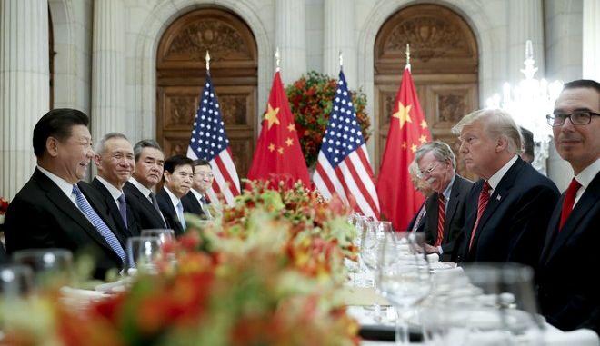 Εμπορικός πόλεμος: Τραμπ και Τζινπίνγκ συμφώνησαν σε 90ήμερη εκεχειρία