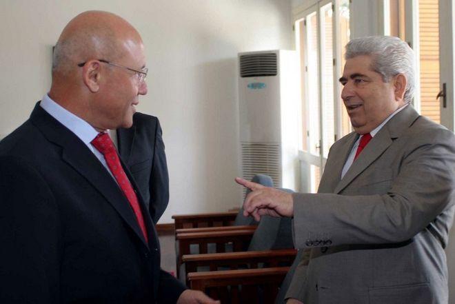 Σε συνομιλίες για το Κυπριακό με τον τότε Τουρκοκύπριο ηγέτη Μεχμέτ Αλί Ταλάτ το 2008