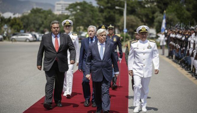 Επίσκεψη του Προέδρου της Δημοκρατίας Προκόπη Παυλόπουλου στο υπουργείο Άμυνας την Δευτέρα 4 Ιουνίου 2018. (EUROKINISSI/ΣΤΕΛΙΟΣ ΜΙΣΙΝΑΣ)