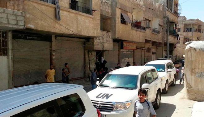 Ειρηνευτικές συνομιλίες επιδιώκει ο απεσταλμένος του ΟΗΕ στη Συρία