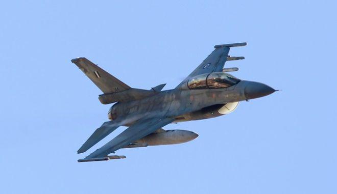 Μαχητικά F16