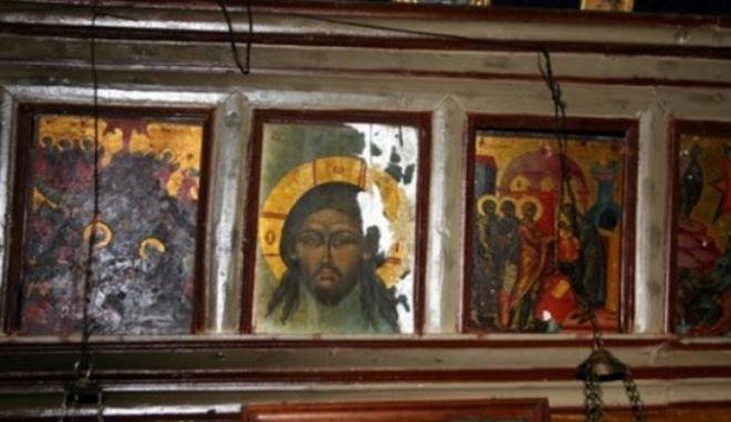 Ιερέας σε κύκλωμα εμπορίας εικόνων στη Θεσσαλία