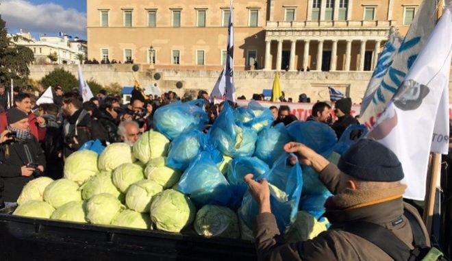 Ολοκληρώθηκε το πανελλαδικό συλλαλητήριο των αγροτών στην Αθήνα