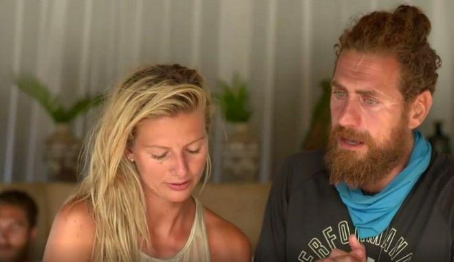 Σε κλάματα ξέσπασε οι παίκτες της Μπλε ομάδας μιλώντας με τις οικογένειές τους