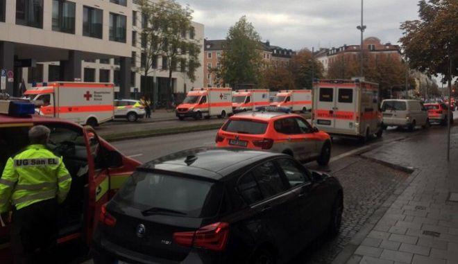 Συναγερμός στο Μόναχο: Επίθεση με μαχαίρι - Τουλάχιστον 5 τραυματίες