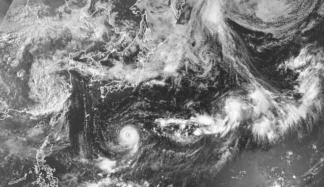 Στο έλεος σφοδρού τυφώνα η Ιαπωνία (φωτό αρχείου)