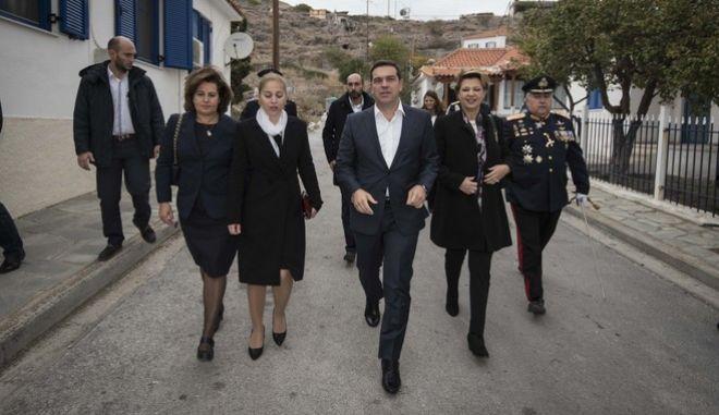 Επίσκεψη του Πρωθυπουργού Αλέξη Τσίπρασ στον Άγιο Ευστράτιο την Παρασκευή 28 Οκτωβρίου 2016. (EUROKINISSI/ΓΡΑΦΕΙΟ ΤΥΠΟΥ ΠΡΩΘΥΠΟΥΡΓΟΥ/ANDREA BONETTI)