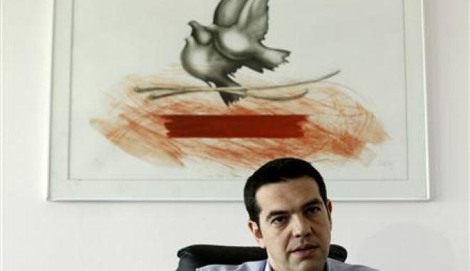 "Reuters: ""Ευρωπαίοι όταν προκαλείτε τον Τσίπρα το εκμεταλλεύεται"""