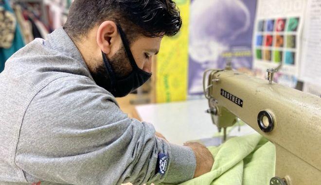 Νέο χέρι, νέα ζωή: Crowdfunding για χορήγηση τεχνητού μέλους για τον 26χρονο Χουράμ