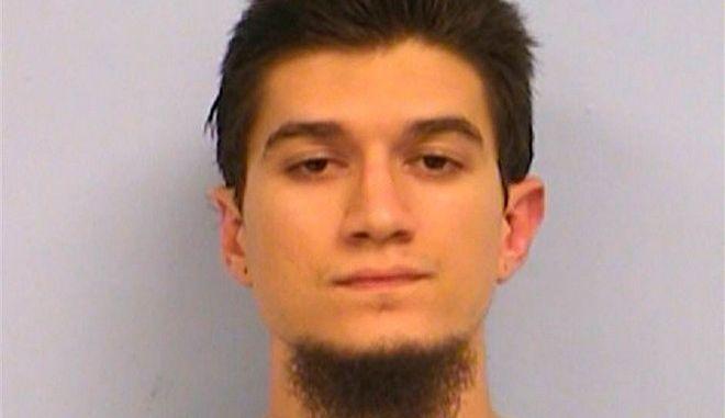 Σε σχεδόν 7 χρόνια φυλάκιση καταδικάστηκε Αμερικανός για απόπειρα ένταξης στο ISIS