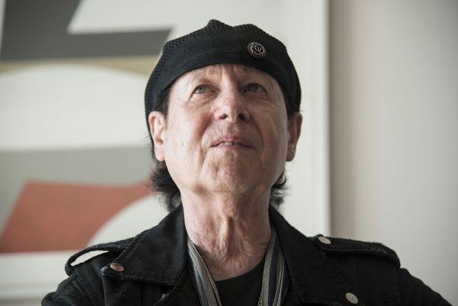 Ο Κλάους Μάινε των Scorpions παραδέχεται στο News 24/7: