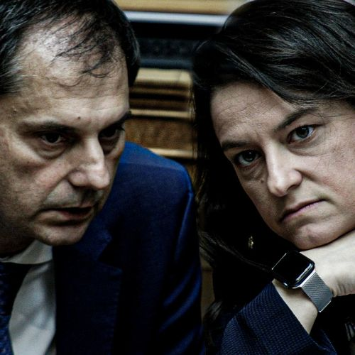 Ο υπουργός Τουρισμού Χάρης Θεοχάρης και η υπουργός Παιδείας Νίκη Κεραμέως
